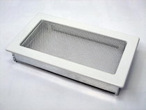 Решетка вентиляционная 17х30 белая KRATKI (Польша)